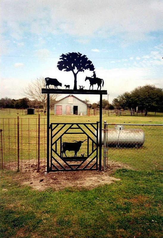 Ranch-2520Gate-25201
